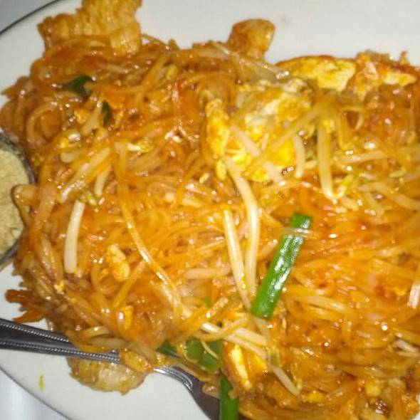 Pad Thai @ Thai Chili