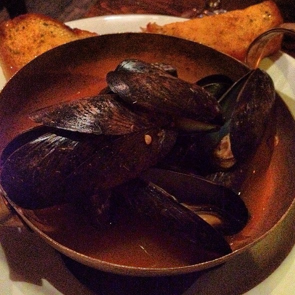 Mussels in White Wine Sauce @ Ember Room