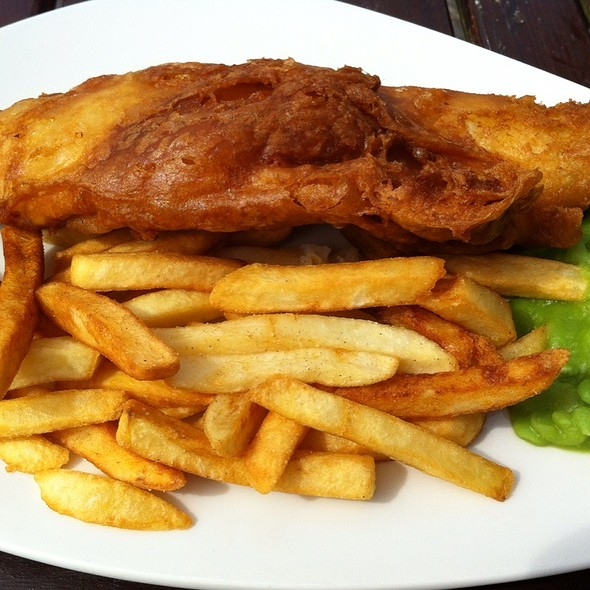 Fish and Chips @ Beachy Head Pub