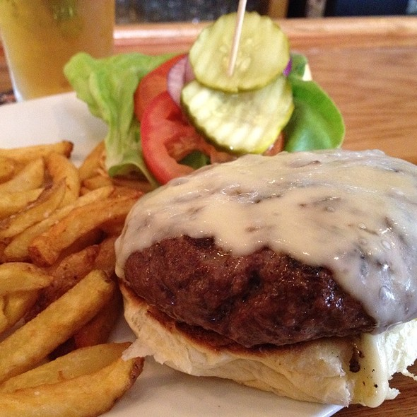 518 Burger @ The City Beer Hall