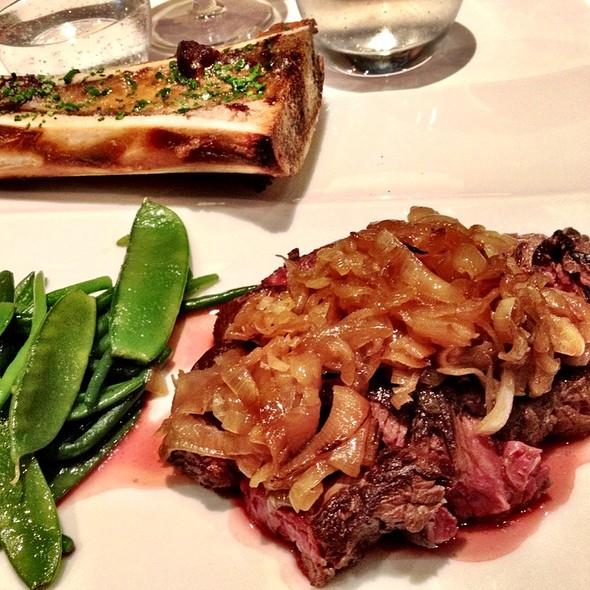 Hanger Steak & Bone Marrow @ Bistrot L' Hacienda