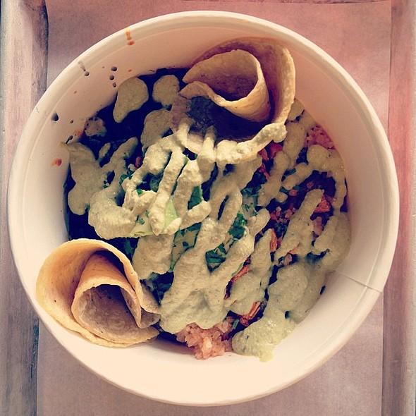 I'm a pistachio salsa addict @eatpuesto! @ Puesto
