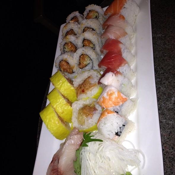 Sushi - Kona Grill - Chandler, Chandler, AZ