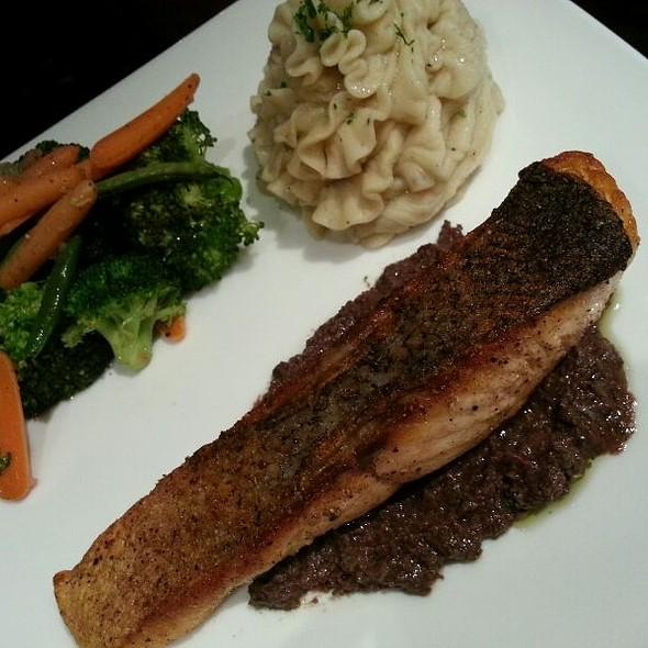 Seared Salmon @ Slate