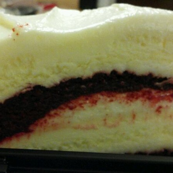 Ultimate Red Velvet Cake Cheesecake @ Cheesecake Factory - King of Prussia