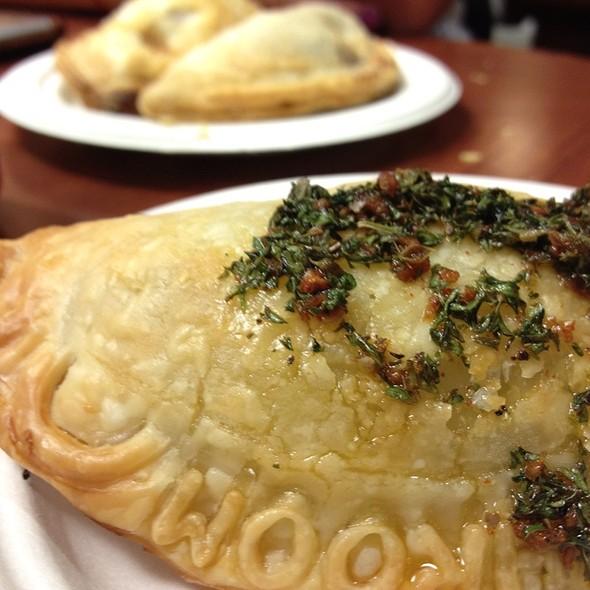 Mushroom Empanadas @ empanadUS