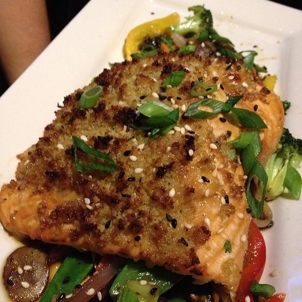 crusted salmon - Mitchell's Fish Market - Jacksonville, Jacksonville, FL