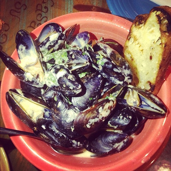 Coconut Curry Mussels - Fran's Filling Station, Charlotte, NC