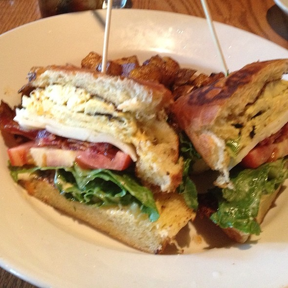 Breakfast Club - Cibo E Beve, Sandy Springs, GA