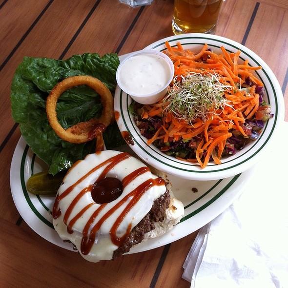 Hawaiian Burger @ Darrell's Restaurant