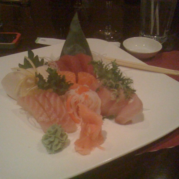 Sashimi @ Mojo Asian Cusine & Sushi Bar
