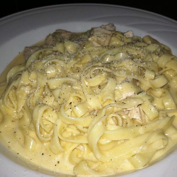 Fettuccini Alfredo With Chicken - Ralph's Italian Restaurant, Philadelphia, PA