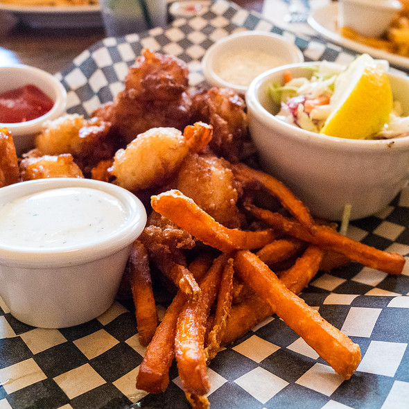 Fried Fish Shrimp And Chips - Bremerton Bar & Grill, Bremerton, WA