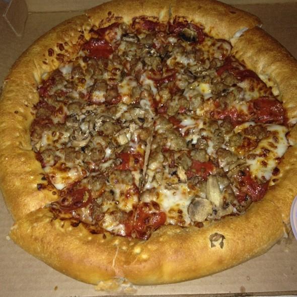 Pizza Hut Pepperoni Stuffed Crust