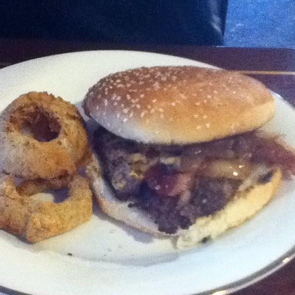 Garlic Bread Bacon Cheeseburger @ Bossman Burgers