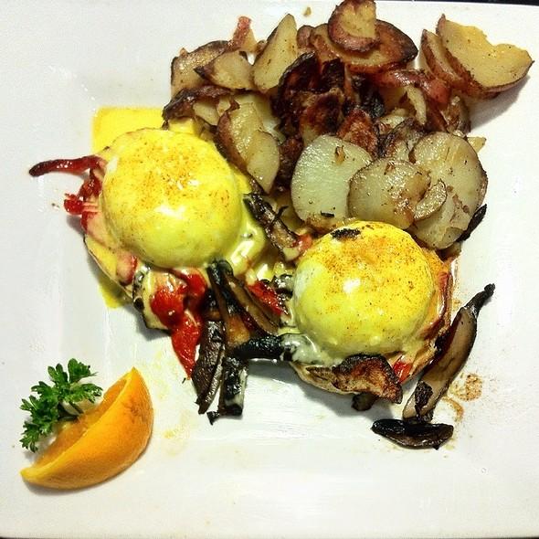 Eggs Portabella