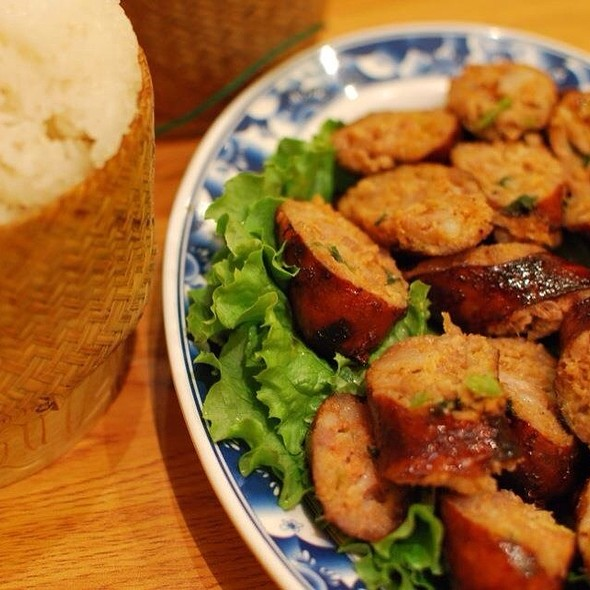 Laos Sausage And Sticky Rice @ King Market