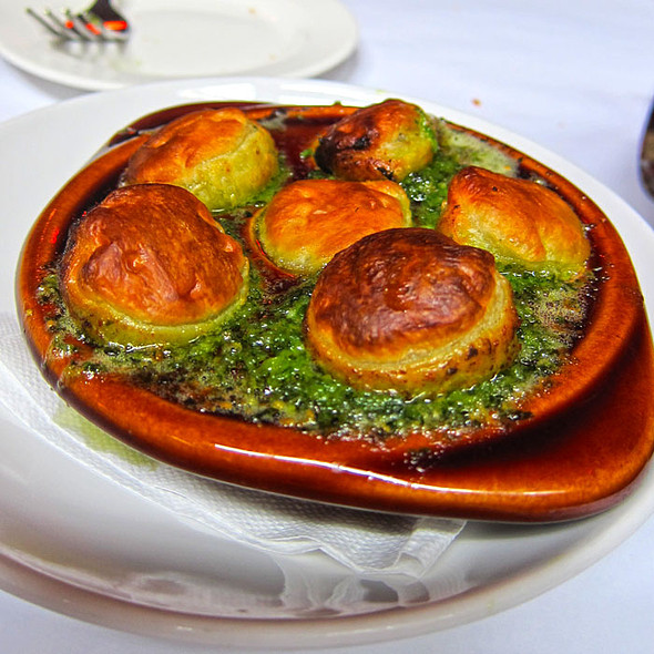 "Escargots ""En Croute"" @ Cafe Claude"