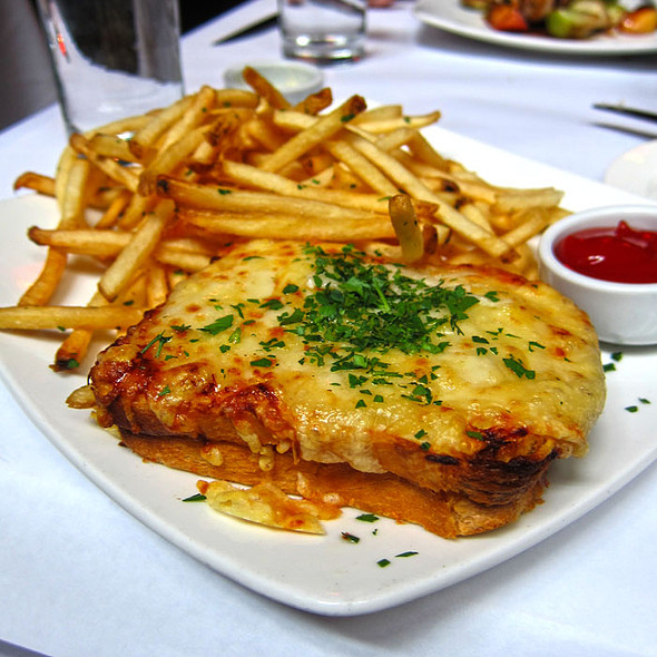 croque monsieur @ Cafe Claude