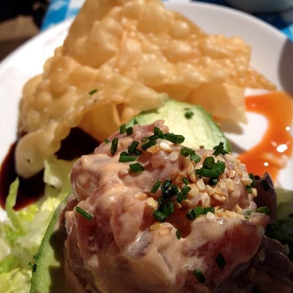 Ahi Tuna Tartar - Sam's Anchor Cafe, Tiburon, CA