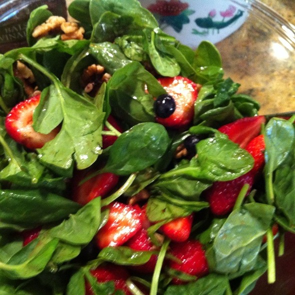 Spinach Salad @ Cindy's Party House
