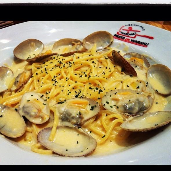 Spaghetti With Clams @ Pasta de Waraku