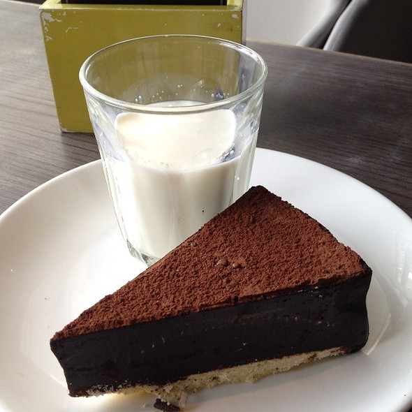 Chocolate Torte With Milk @ Ben's @ Suria KLCC