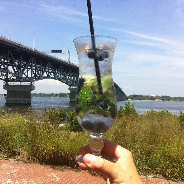 Blueberry mojito - Riverwalk Restaurant - Yorktown, Yorktown, VA