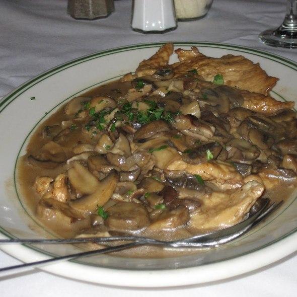 Chicken Marsala @ Tony's Dinapoli Restaurant
