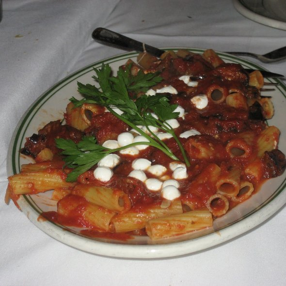 Rigatoni, Eggplant & Mozzarella @ Tony's Dinapoli Restaurant