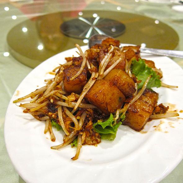 Lo Bak Gou @ Grand Imperial Restaurant