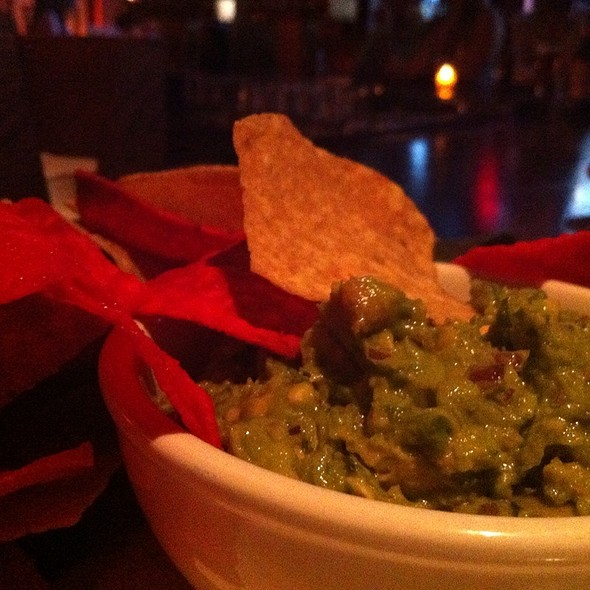 Guacamole and Chips @ Galway Hooker Pub