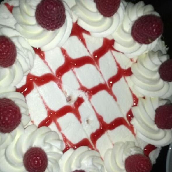 Raspberry Cheesecake @ Ettore's Bakery