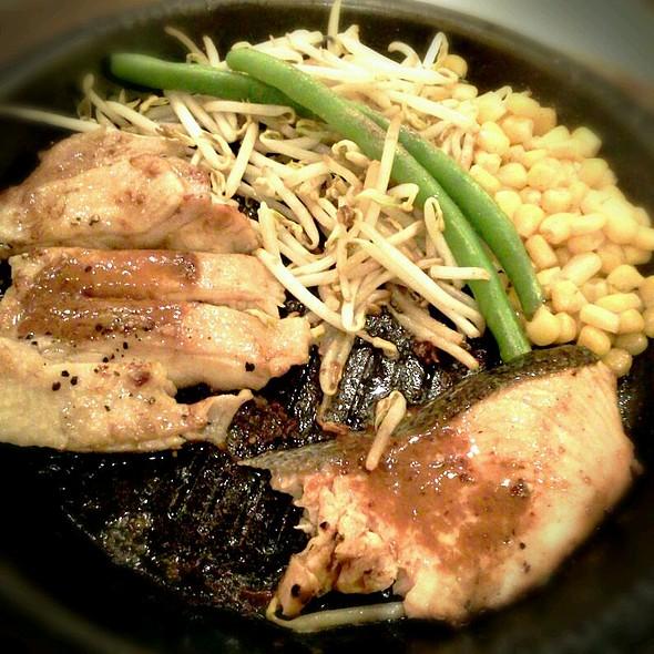 Salmon & Chicken Steak @ Pepper Lunch