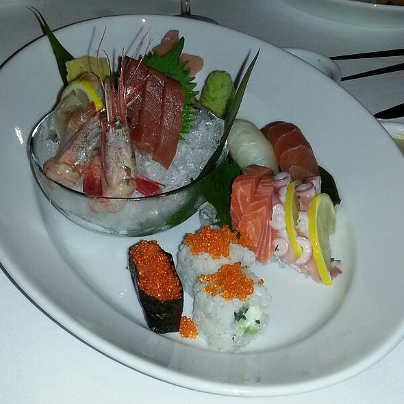 Mixed Sashimi and Sushi