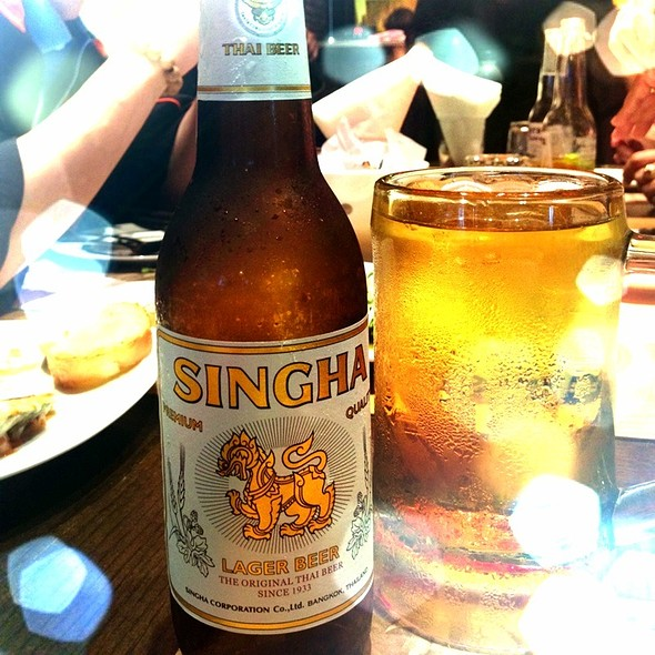 Singha Beer @ Wine I Love You Bar&Bistro