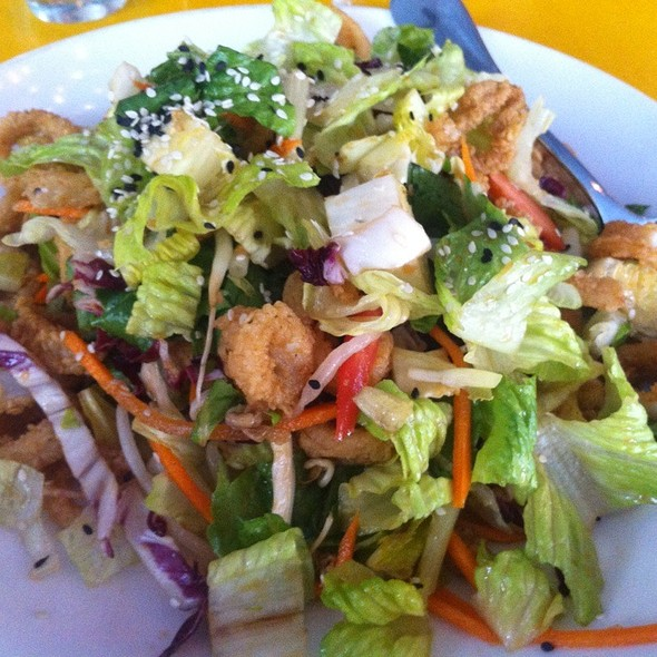 Continental Midtown Restaurant - Crispy Calamari Salad ...