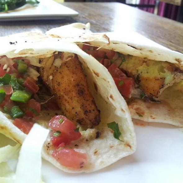 fish tacos - The Tasting Room - CITYCENTRE, Houston, TX