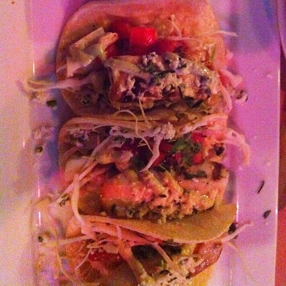 fish tacos @ House Of Blues