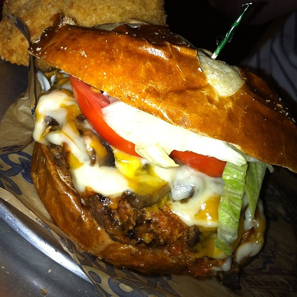 Nacho Crunch Turkey Burger @ River City Cafe