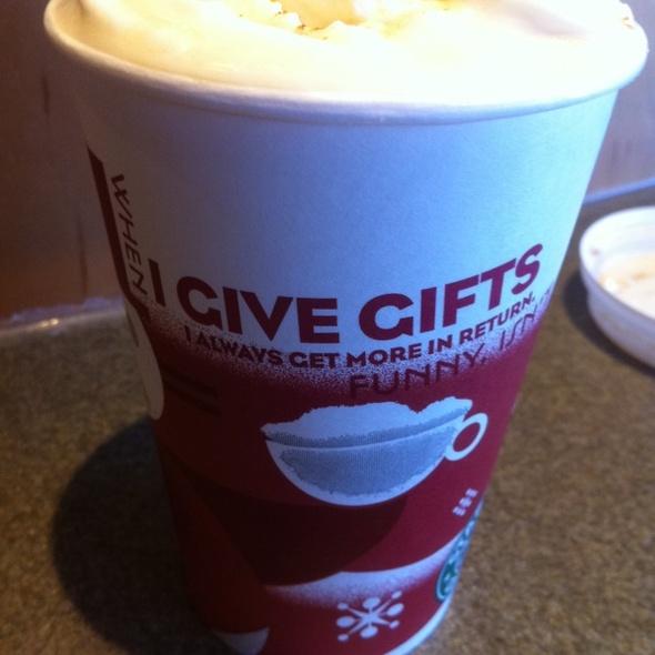 Gingerbread Latte @ Starbucks