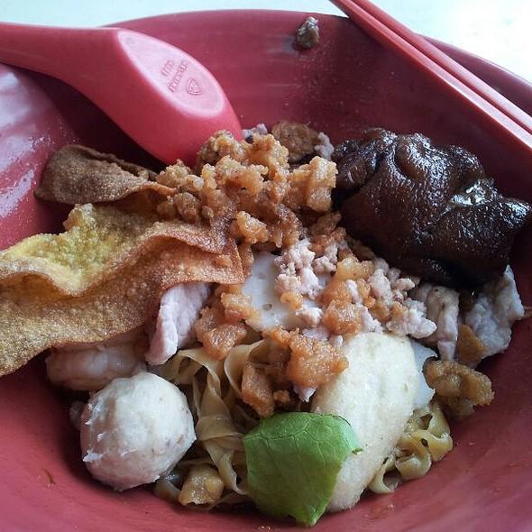 Additional Minced Pork Noodle @ Eat Hut