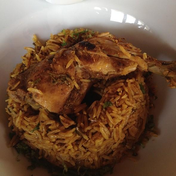 Chicken Machboos @ Villa Mamas