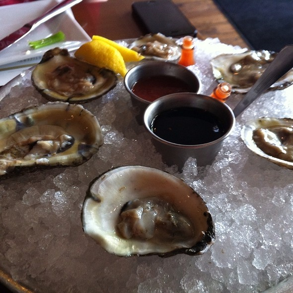 Oysters - Parlor Market, Jackson, MS