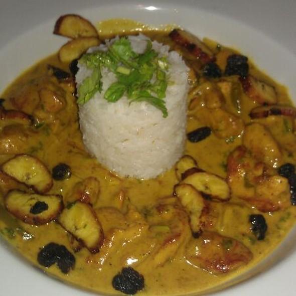 Curry Chicken Rice @ Elvis Kitchen