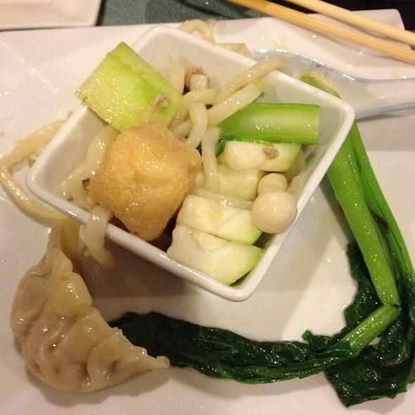 Udon Dumpling Mushroom Veggie Craziness @ Hotto Potto