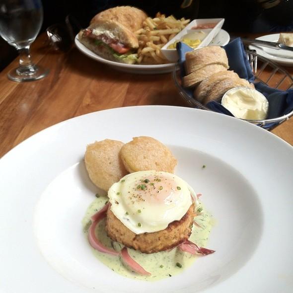 Salmon en Papillote @ Brasserie Beck - French Belgian cuisine