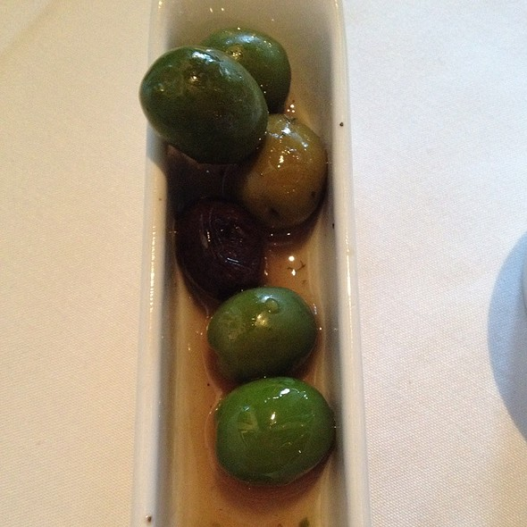 Olives - Affäre, Kansas City, MO