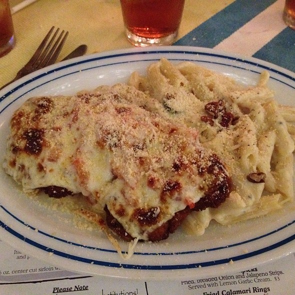"Chicken Parmesan ""Texy Style"" @ Russo's"