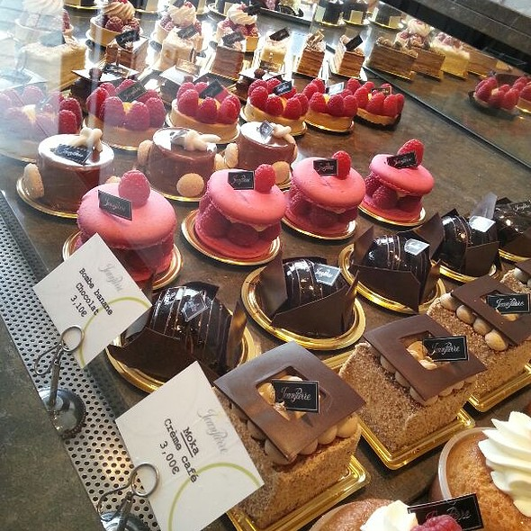 Patisserie at Patisserie Jeanpierre
